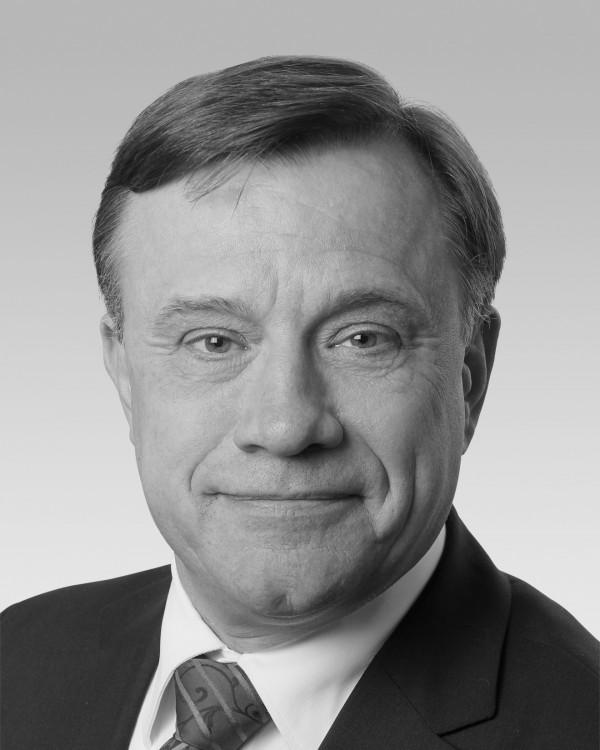 Dr. Thomas Jetter