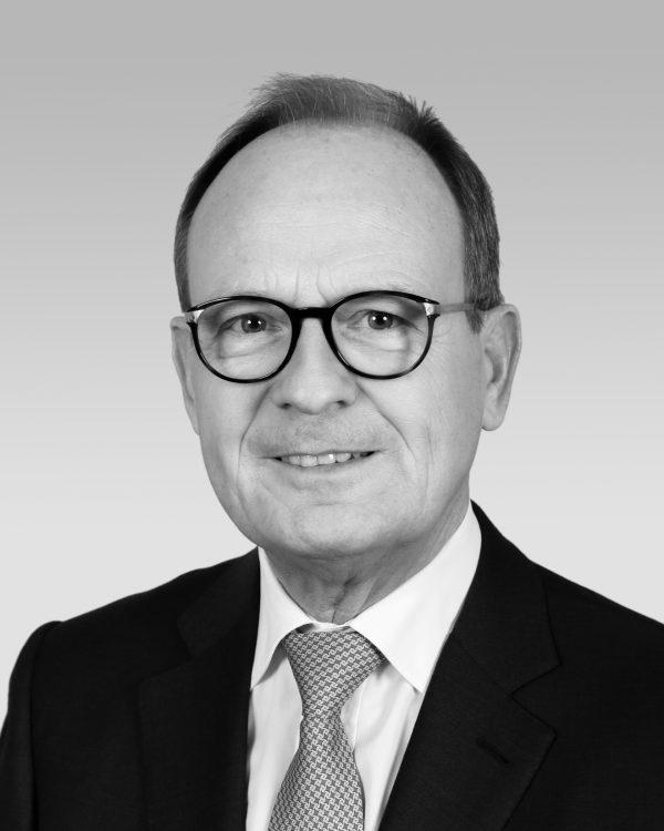 Prof. (hc) Dr. Peter Pleus